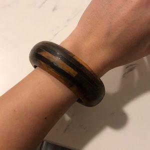 Jewelry - Wooden bangle